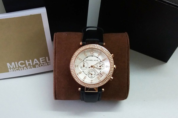 "<div style=""text-align: justify;"">Đồng hồ nữ cao cấp Michael Kors Parker MK5491</div>"