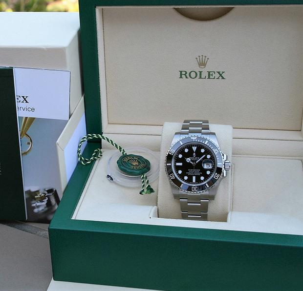 Đồng hồ nam Rolex Submariner Date 116610LN