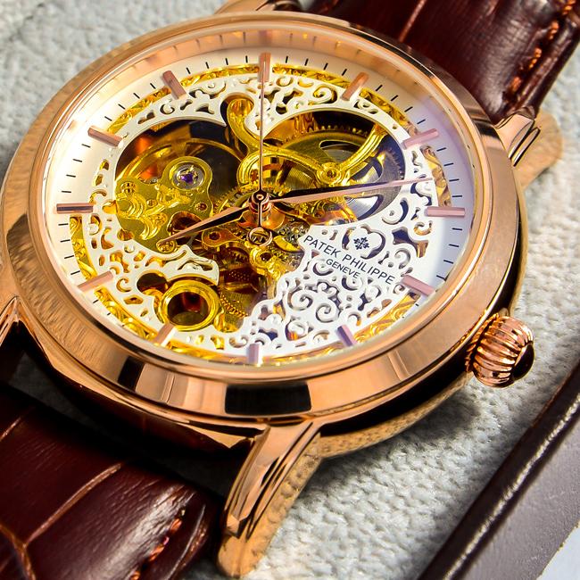 Đồng hồ nam dây da bò Patek Philippe PP07