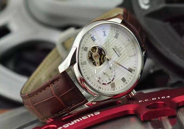 Đồng hồ nam dây da Omega Automatic OM01
