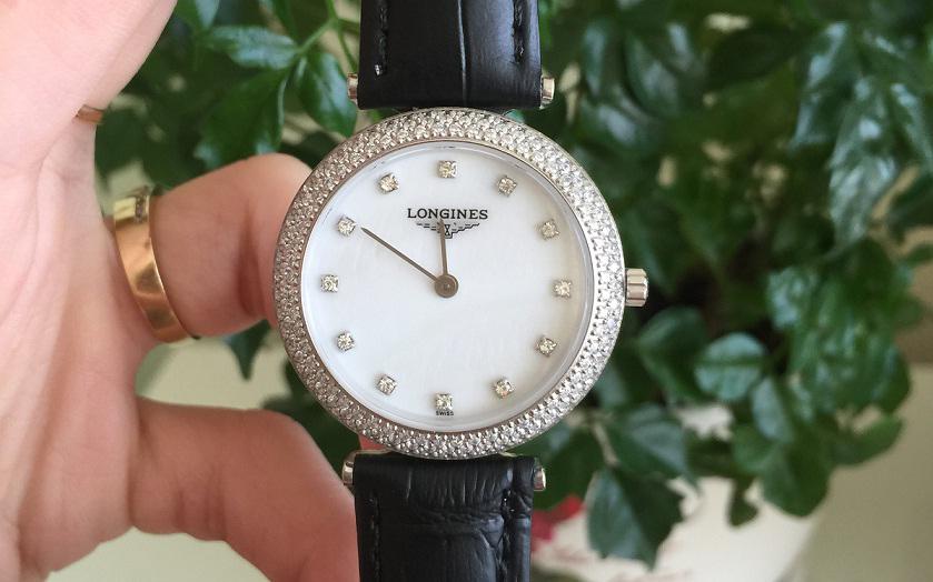 Đồng hồ nữ dây da Longines Quartz L6.857.10