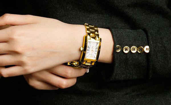 Đồng hồ nữ cao cấp Emporio Armani Quartz AR0175