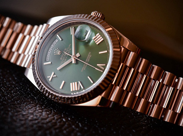 Đồng hồ nam cao cấp Rolex Day-Date 228235